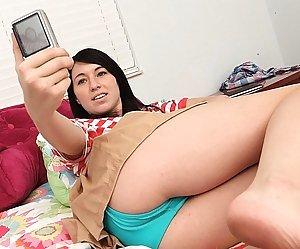 Selfshot Girls Pics